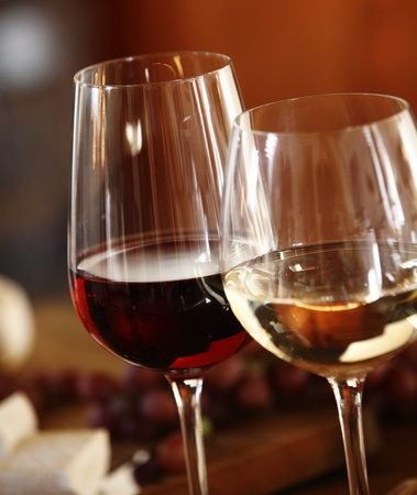 Red Wine Versus White Wine: Which Is Healthier?